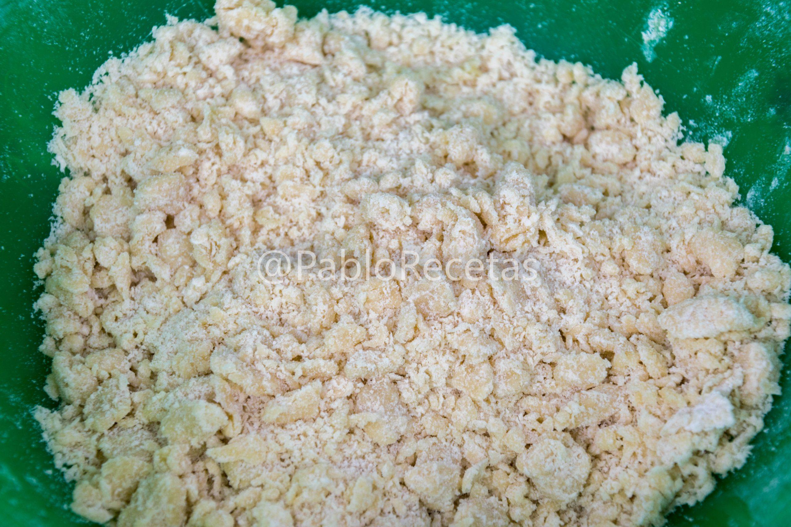 Mezcla de harina, huevos, mantequilla...