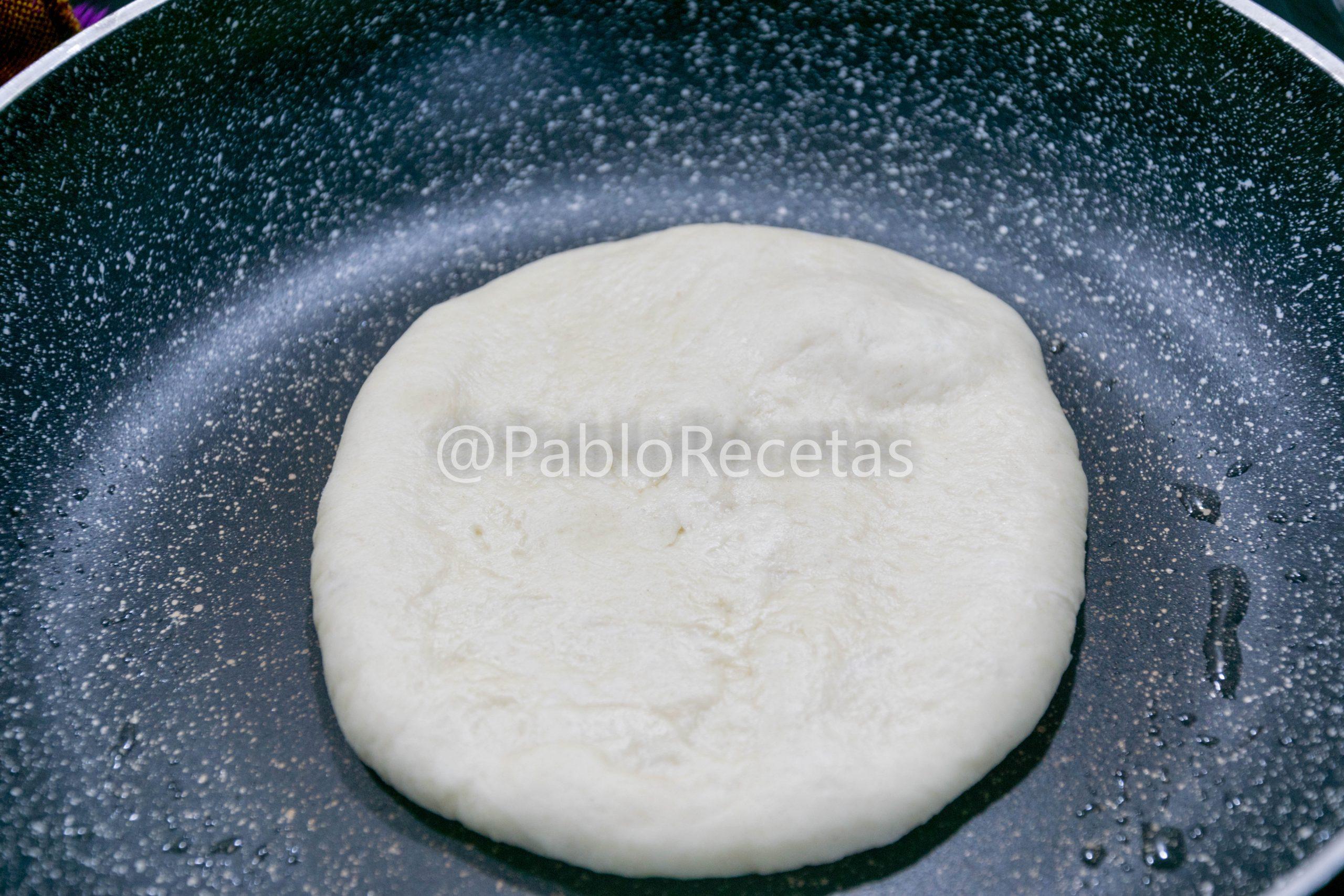 Pan a la sarten.