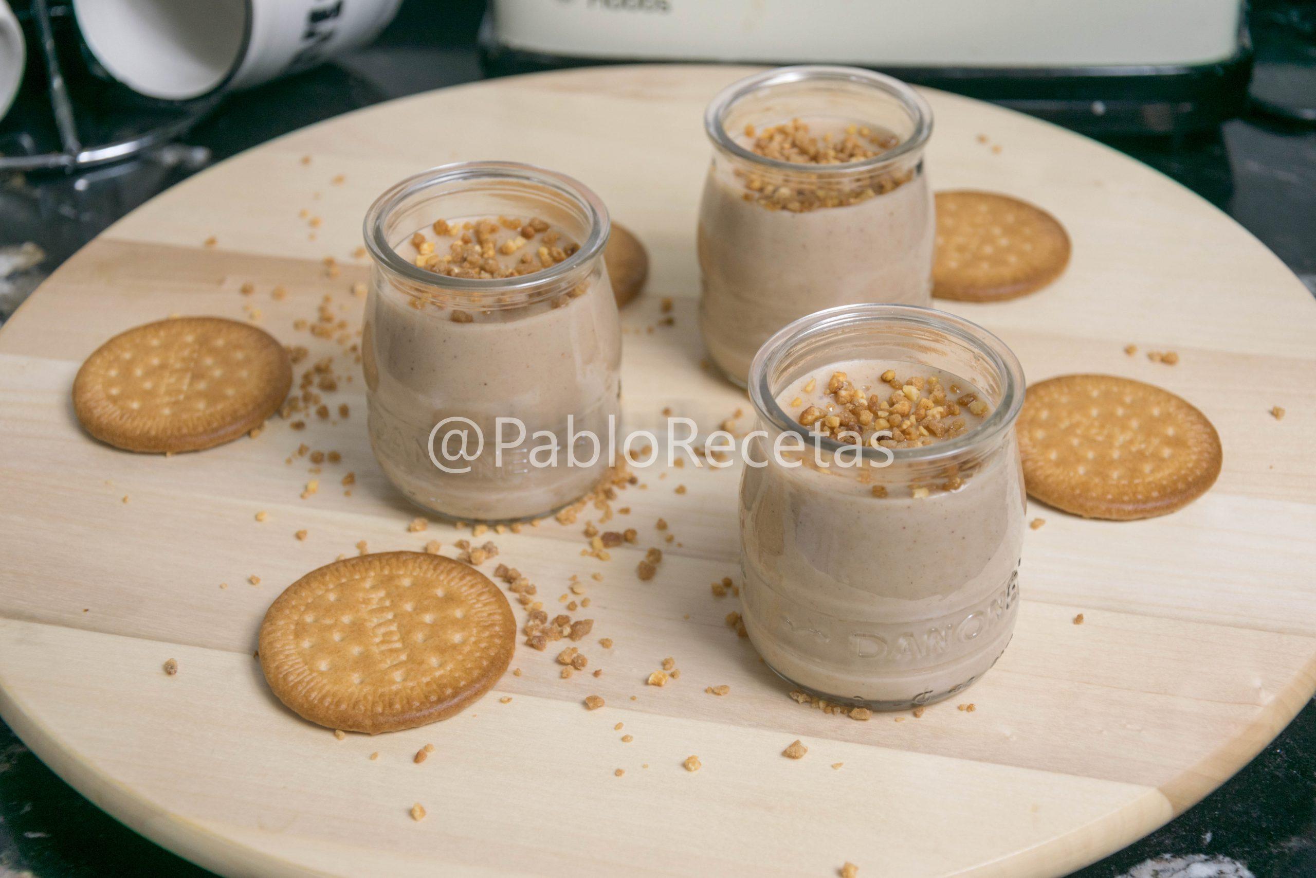 Crema de galletas.