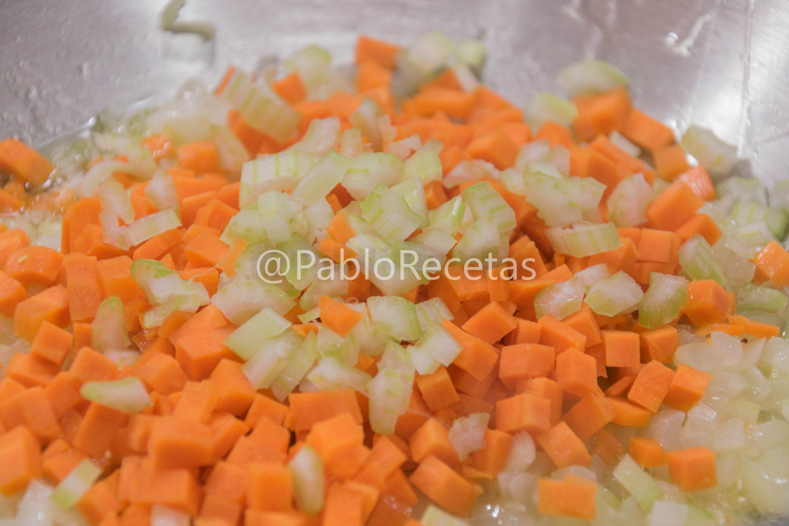 Apio y Zanahoria.